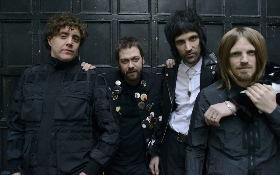 "foto KASABIAN un grande ritorno con il singolo ""YOU'RE IN LOVE WITH A PSYCHO"