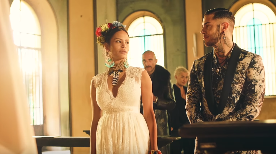 foto EMIS KILLA online il video del singolo LINDA