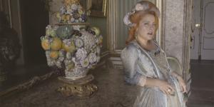 NOEMI diventa Maria Antonietta nel video I MIEI RIMEDI